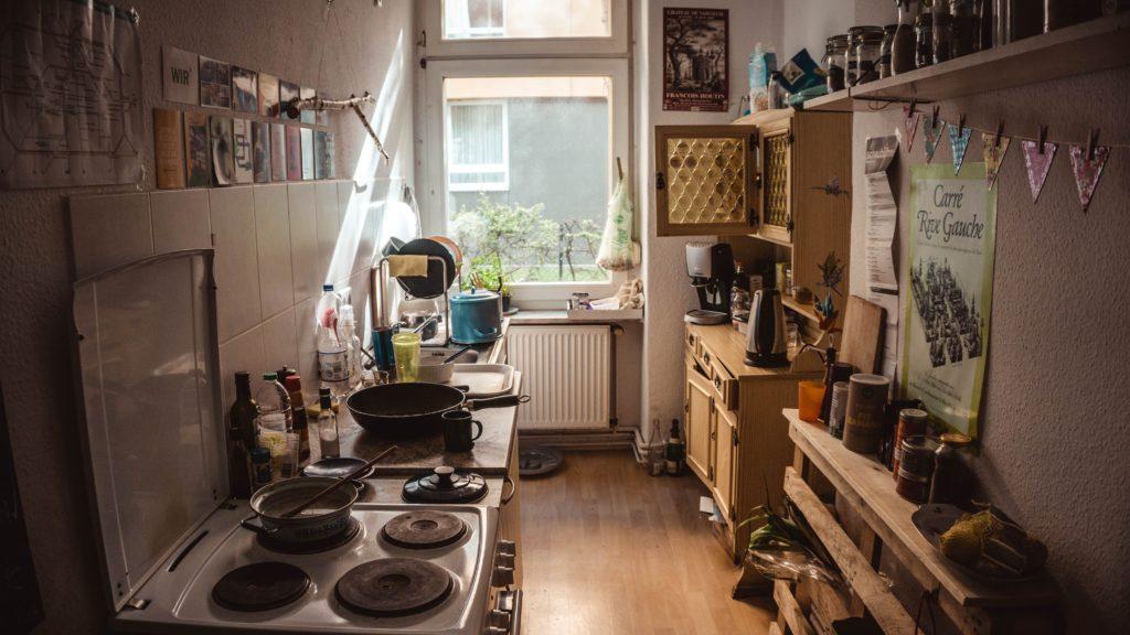 Visualiser l'impact négatif d'une cuisine encombrée
